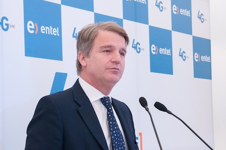 Antonio Büchi,  gerente general de Entel.